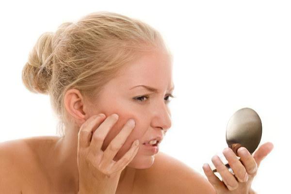 Боли спровоцированные кожными заболеваниями