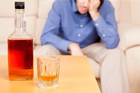 Муж алкоголик повесился