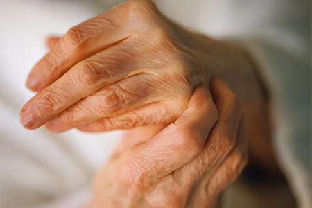 Артрит пальцев и кистей рук – причины, симптомы и лечение ...