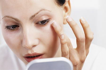 Как убрать мешки под глазами? 10 эффективных способов