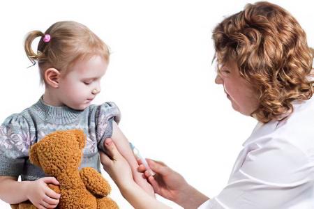 Когда вести ребенка к инфекционисту