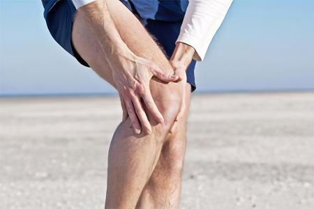 Ломота коленном суставе боли в суставах осенью
