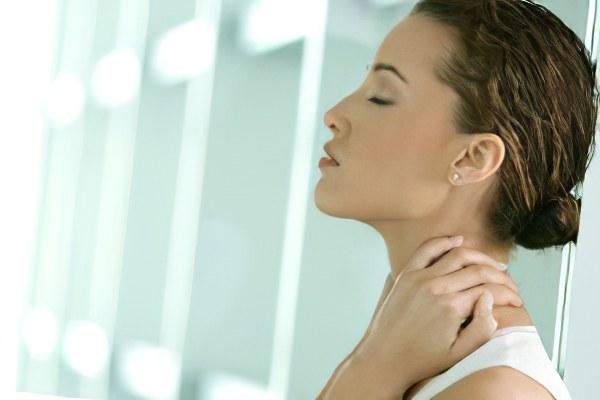 Болит переносица чем лечить