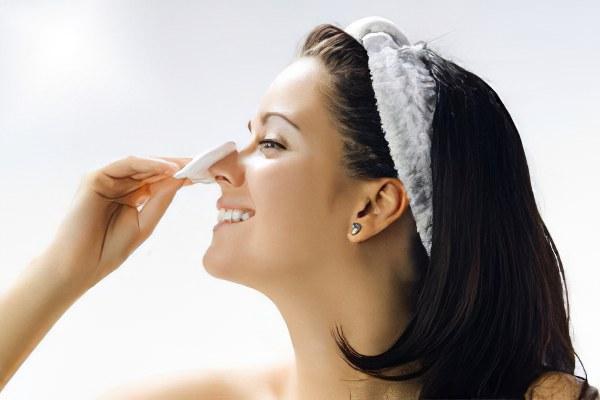 Средства для очищения кожи от черных точек