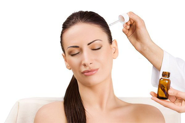 Что делать если у вас перхоть (себорея) и выпадение волос: распространенные причины и симптомы, традиционные и народные методы лечения 574