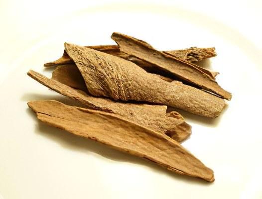 Циннамон (Cinnamomum Culilawan)