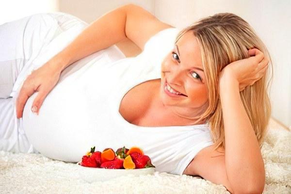 Польза клубники при беременности