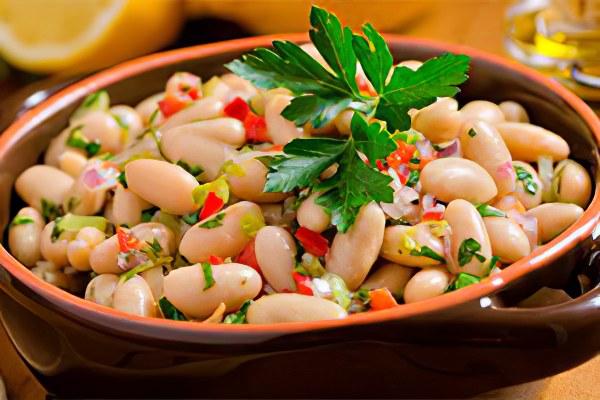 Салат из консервированной белой фасоли рецепт с