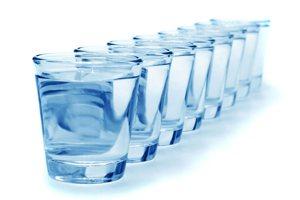 10 причин пить воду